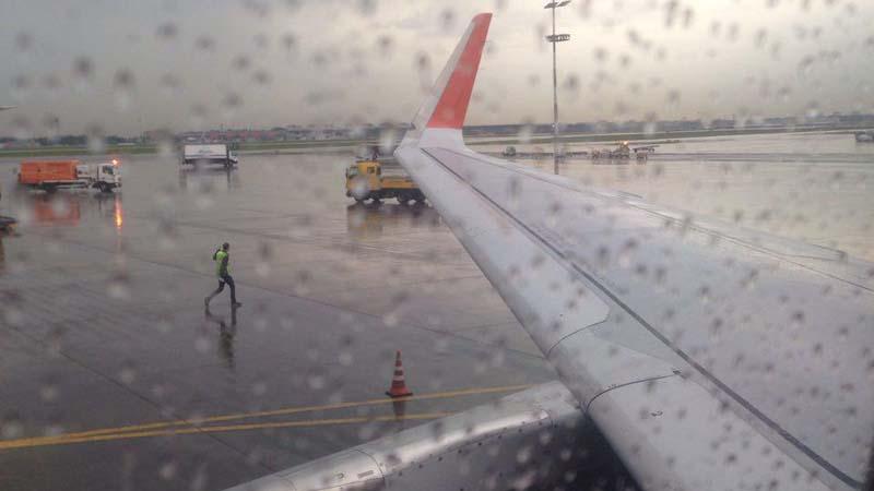 Самолет. Самостоятельные путешествия