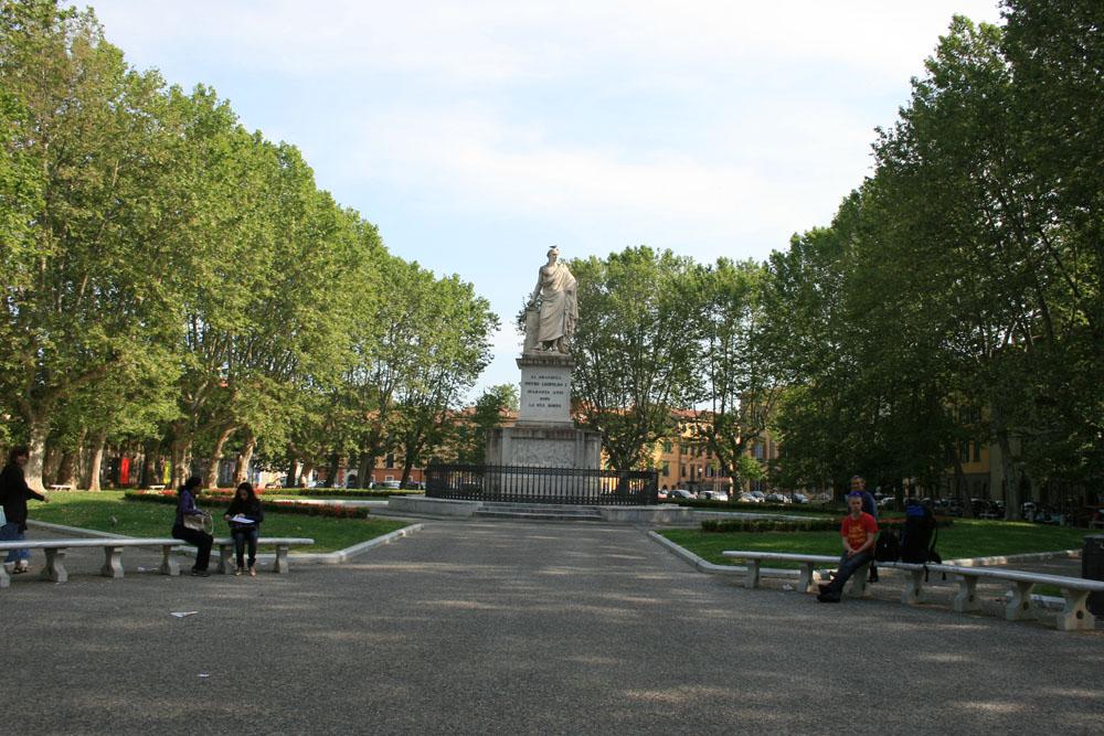 Площадь Мучеников свободы в Пизе