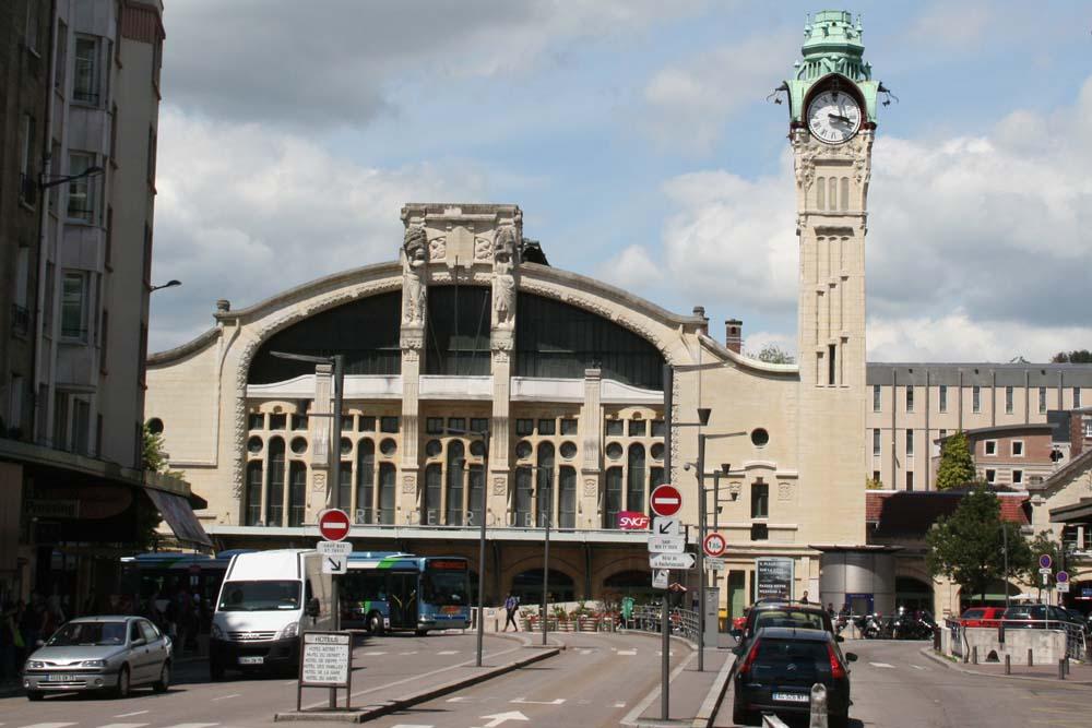Железнодорожный вокзал Руана Gare de Rouen-Rive-Droite