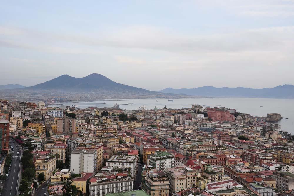 Паромы из Неаполя