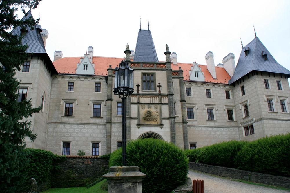 Замок Жлебы