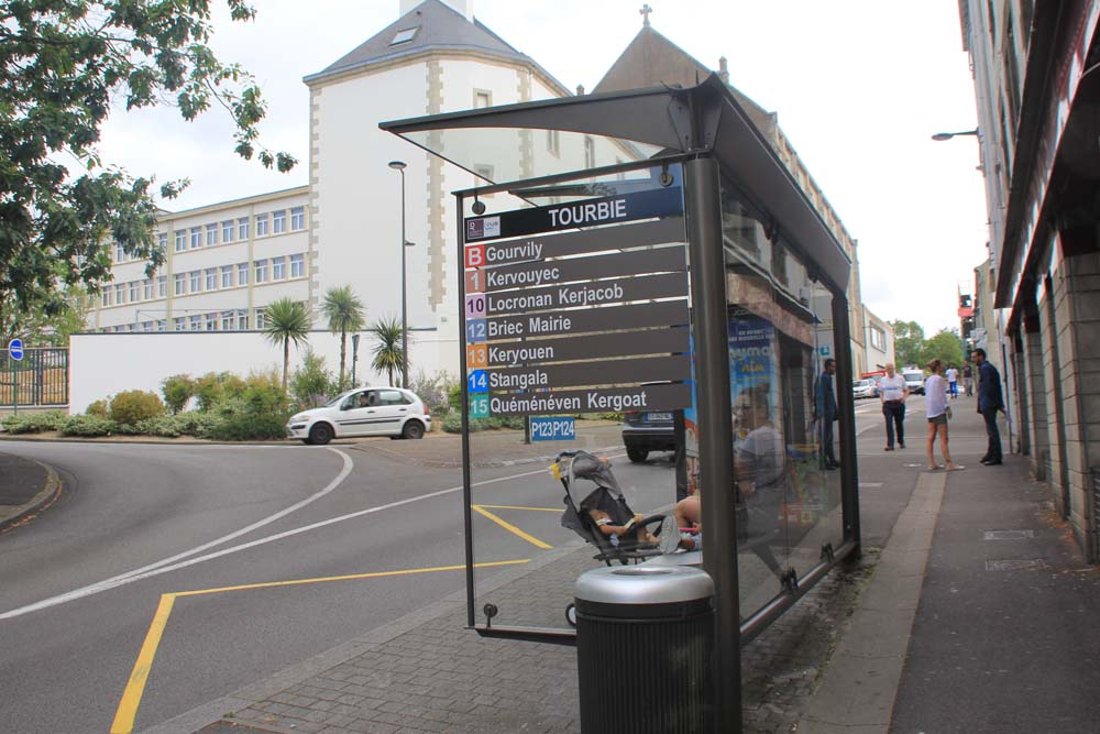 Автобусная остановка Кемпер-Локронан