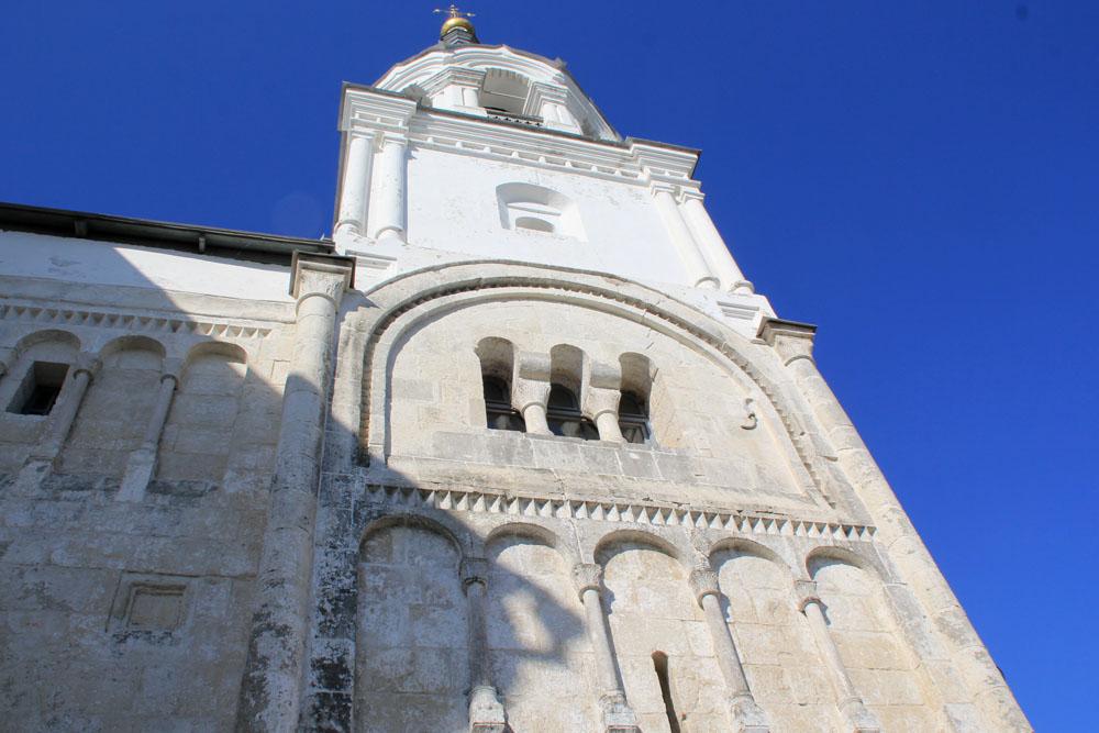 Боголюбский замок