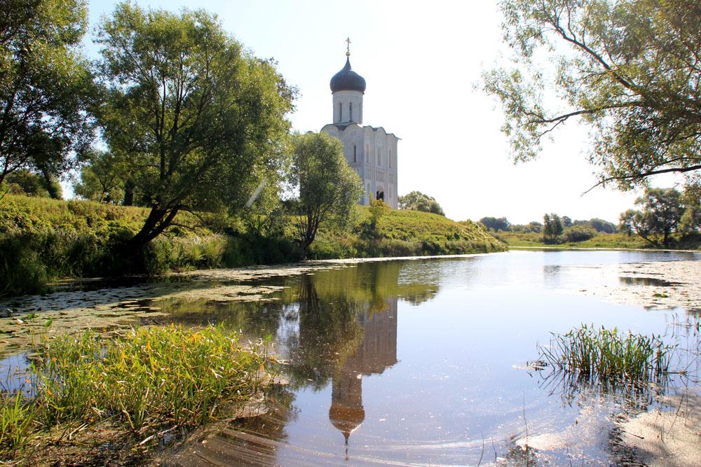 Боголюбово: женский монастырь и Покрова на Нерли