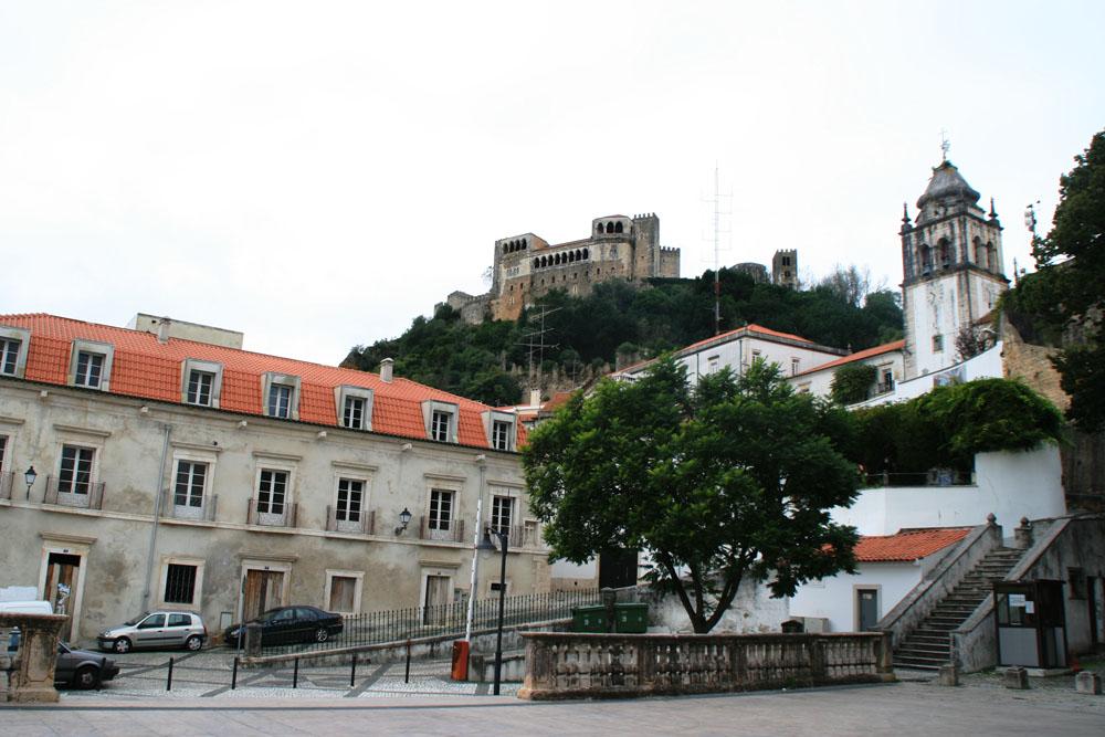 Лейрия замок