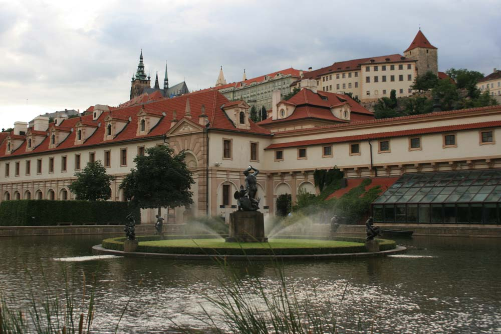 Вальдштейнский сад: как нескучно добраться в Пражский град