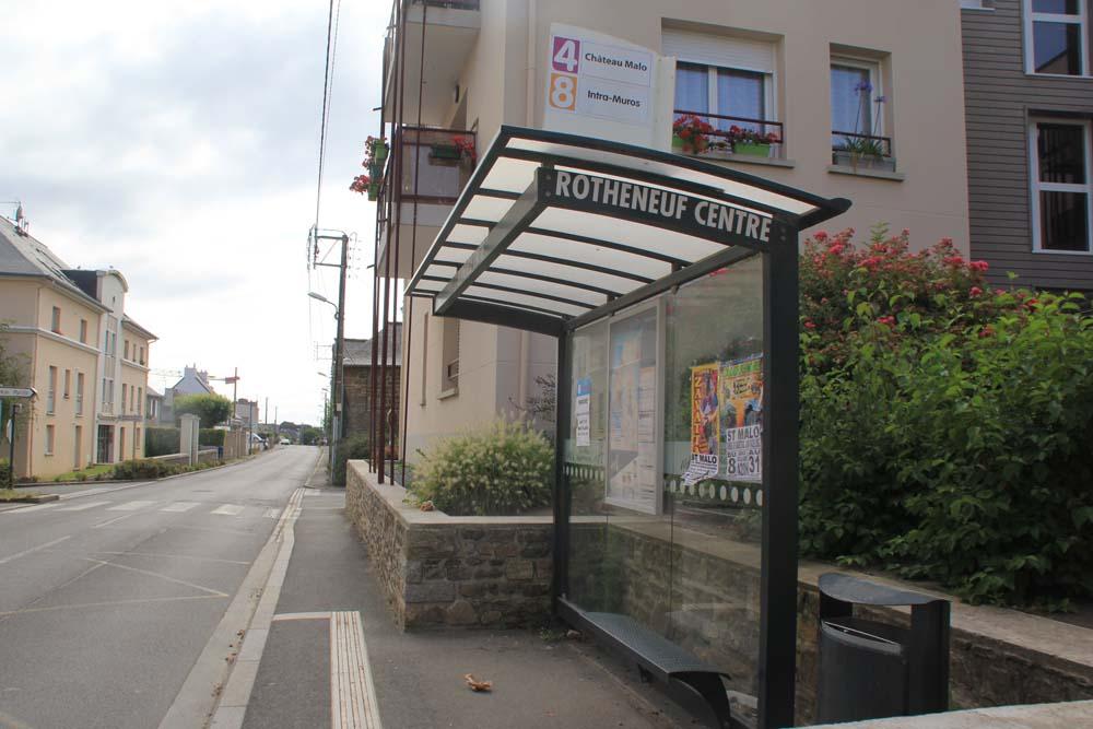 Ротенёф. остановка по направлению в Сен-Мало