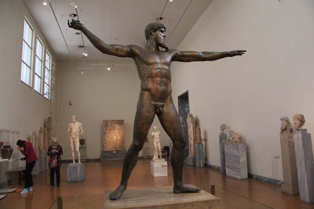 Зевс или Посейдон