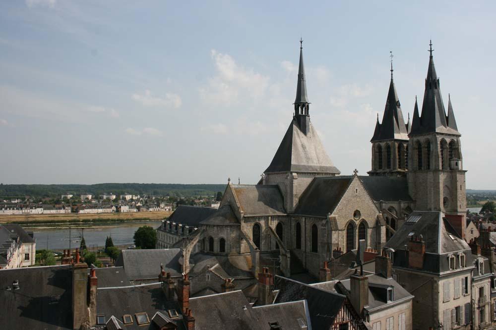 Вид на церковь Сен-Никола