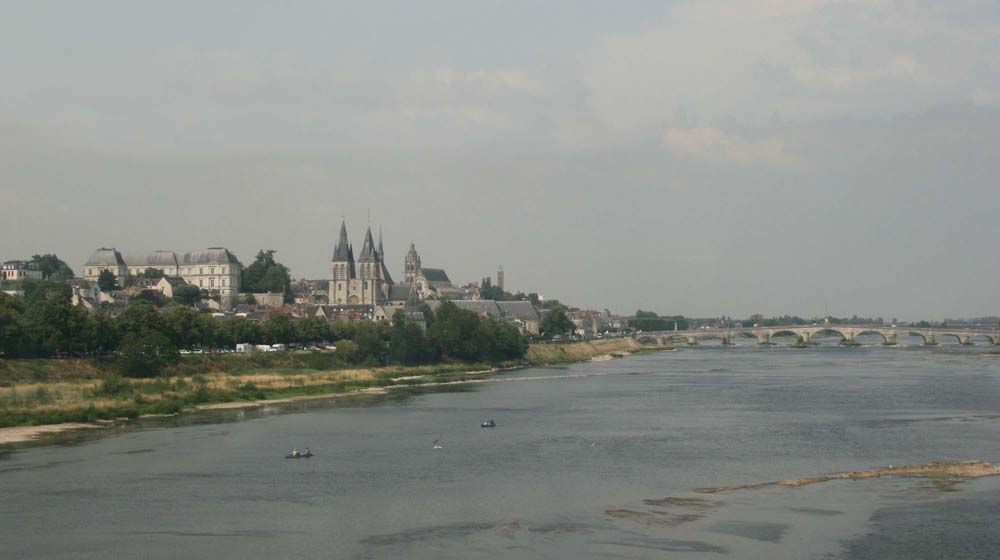 Вид на мост Жака-Габриэля