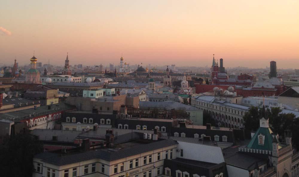 Вид с Детского мира на Кремль. Закат