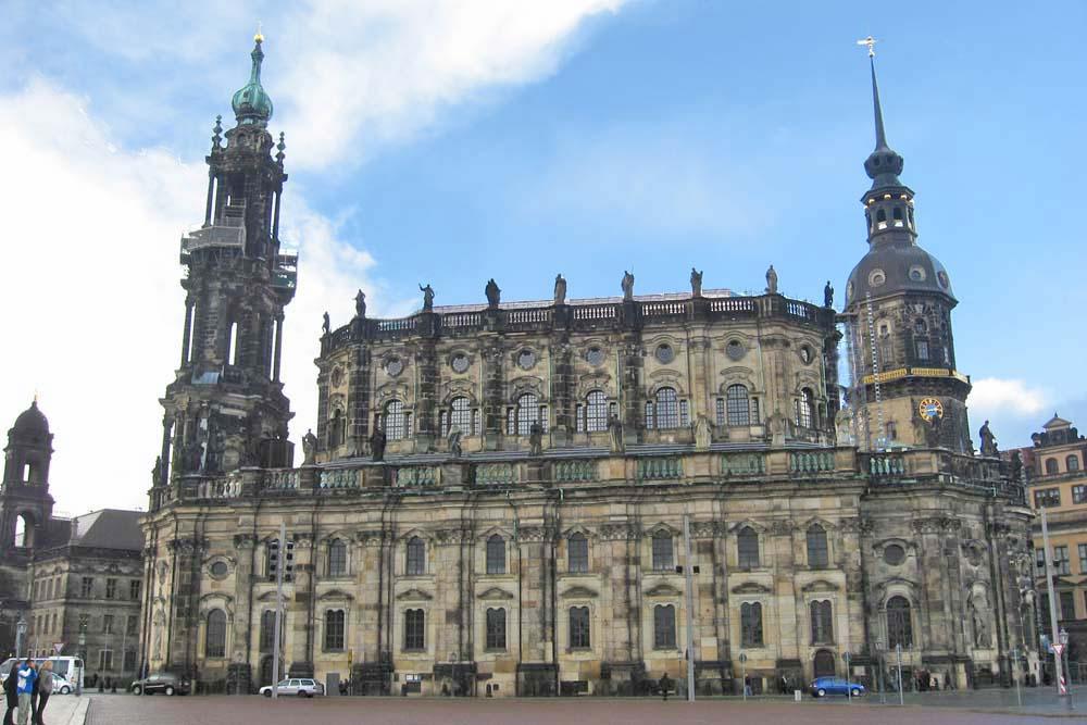 Хофкирхе - кафедральный собор Дрездена