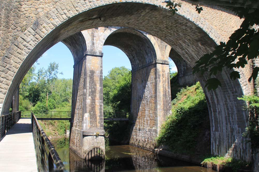 Мост через Триё