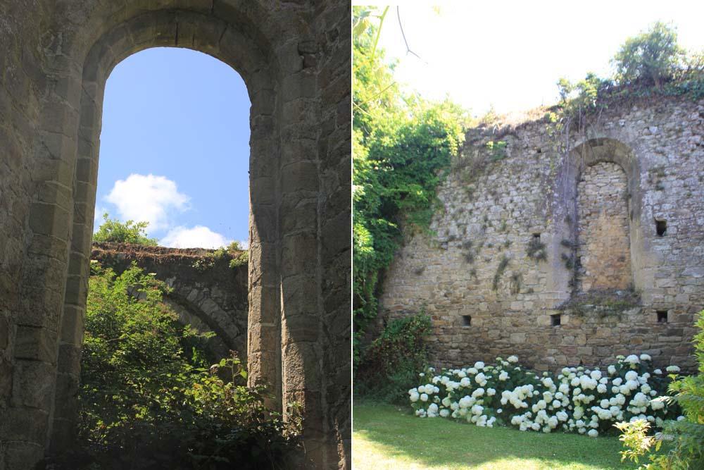 Руины церкви