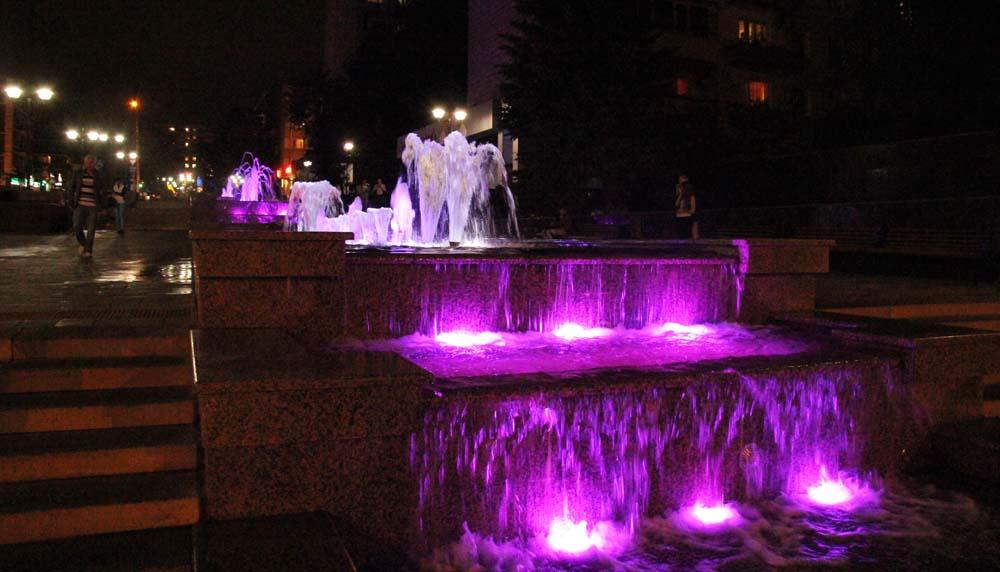 Фонтан Каскад ночью
