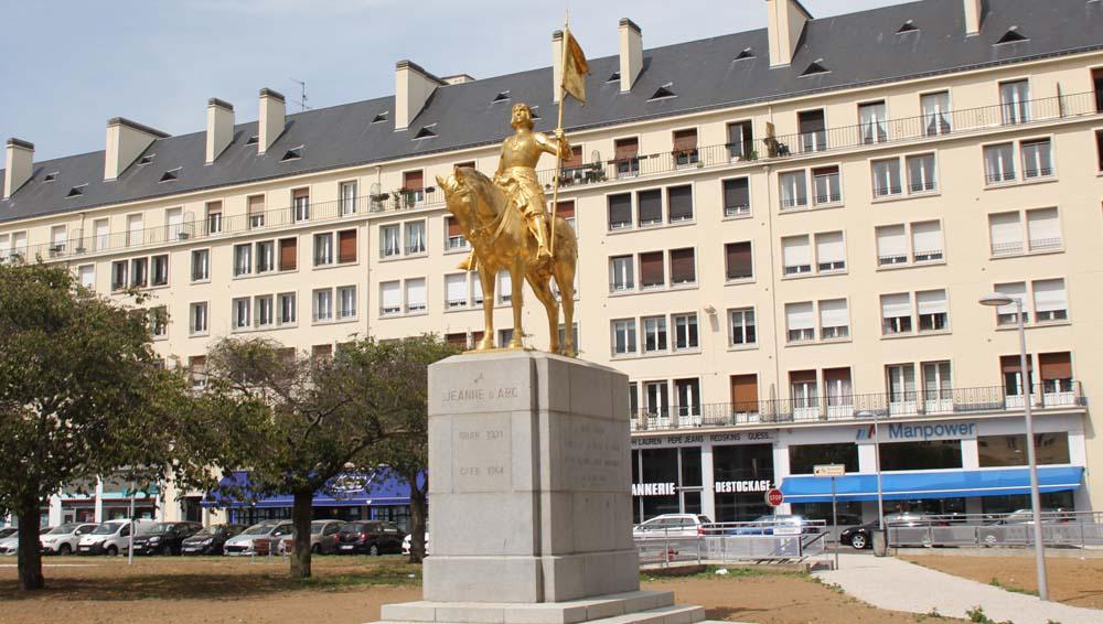 Памятник Жанне д`Арк