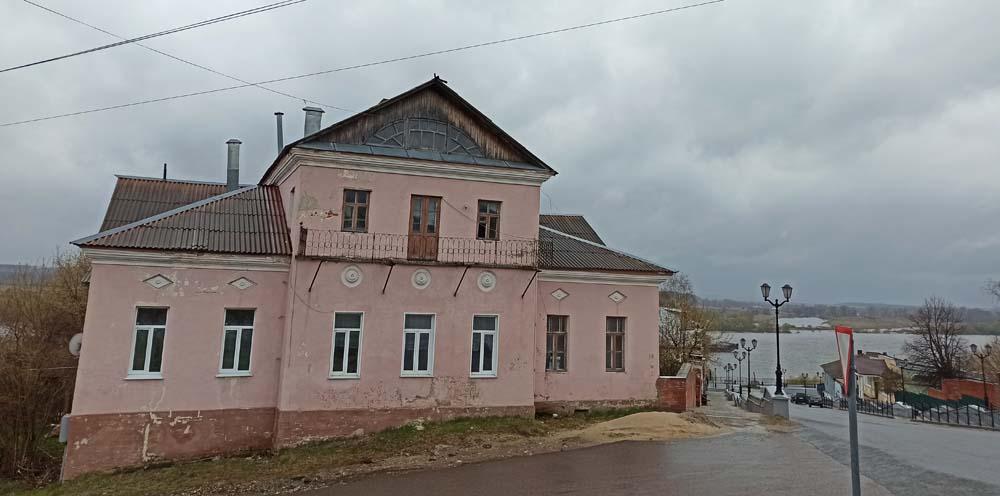 Дом Гинц