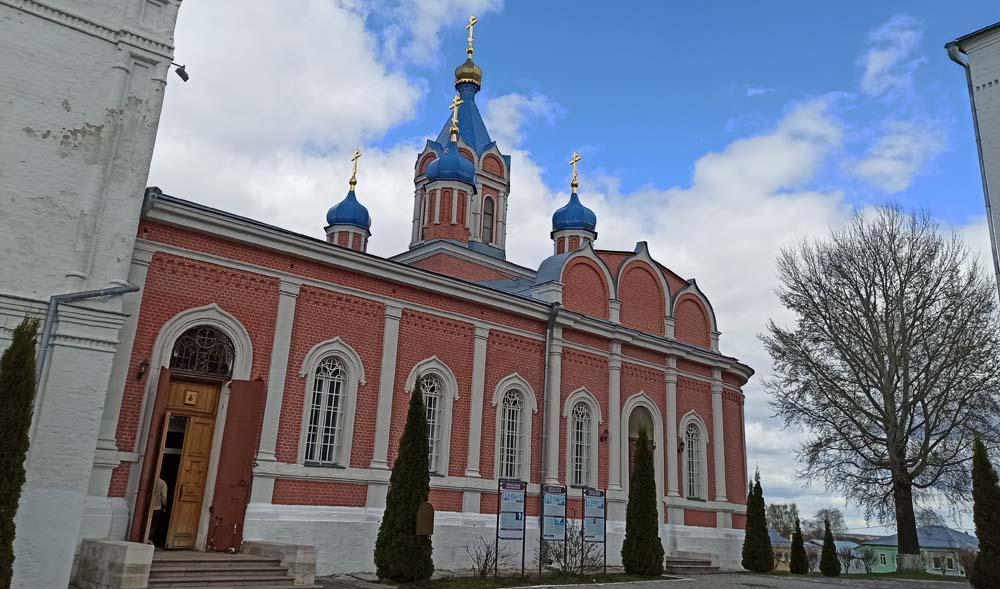 Церковь иконы Божией Матери Тихвинской