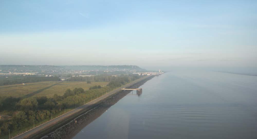Вид на Онфлер с моста Нормандия