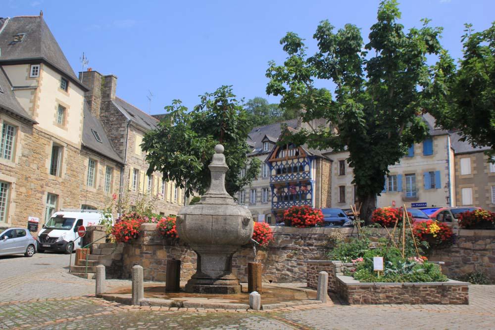 Площадь Yves le Trocquer