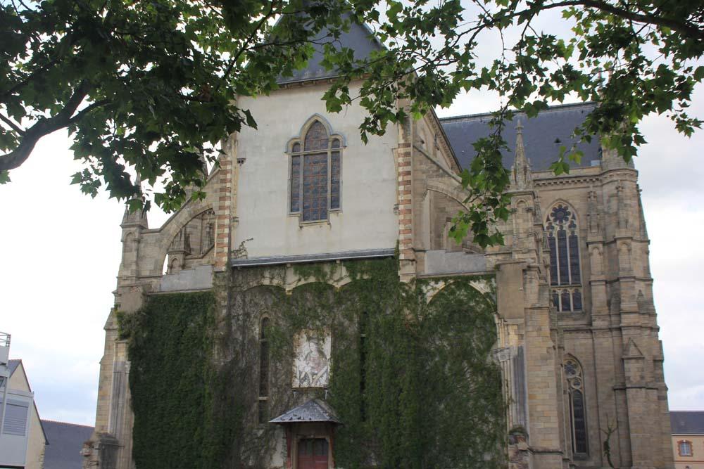 Церковь Notre-Dame-de-Bonne-Nouvelle