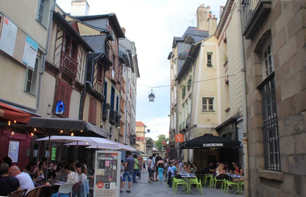 улица Saint-Georges.