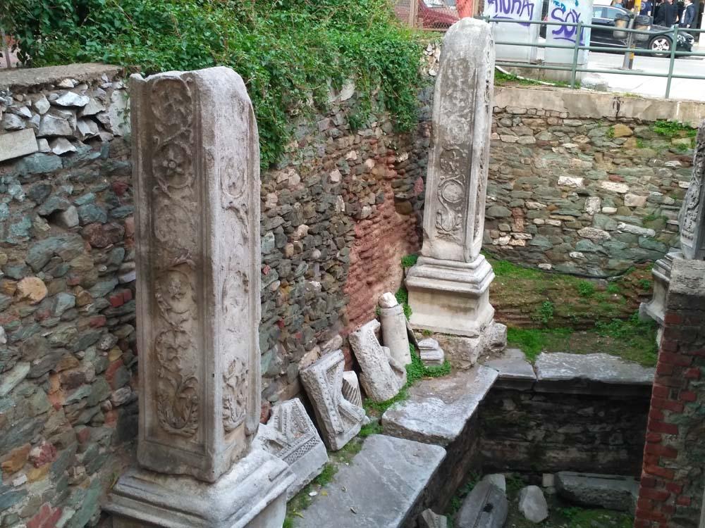 Раскопки фонтана