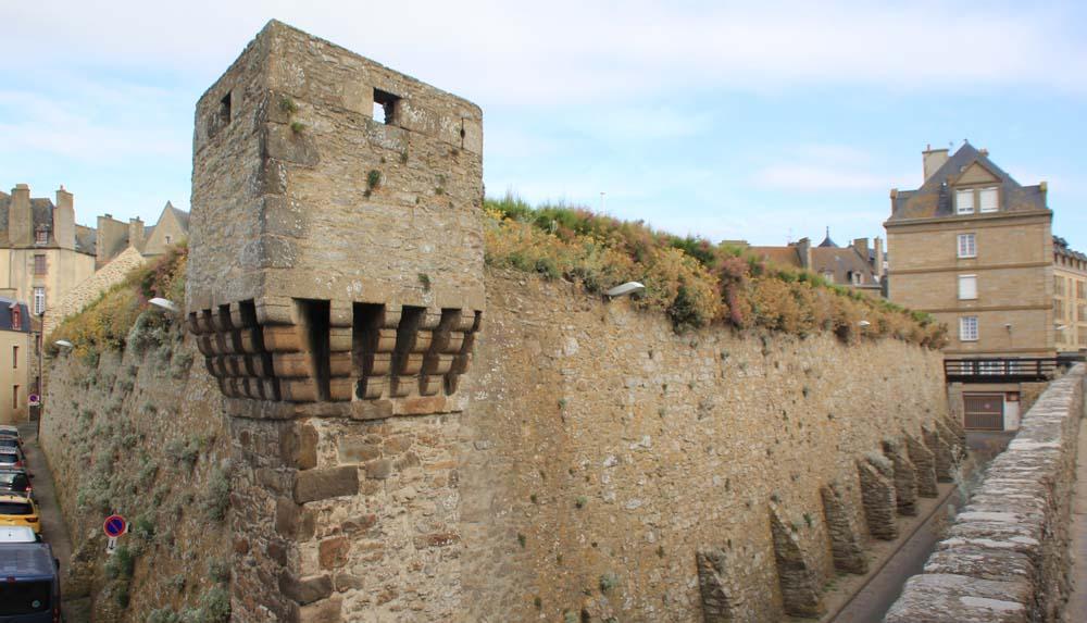 Крепостные валы Сен-Мало