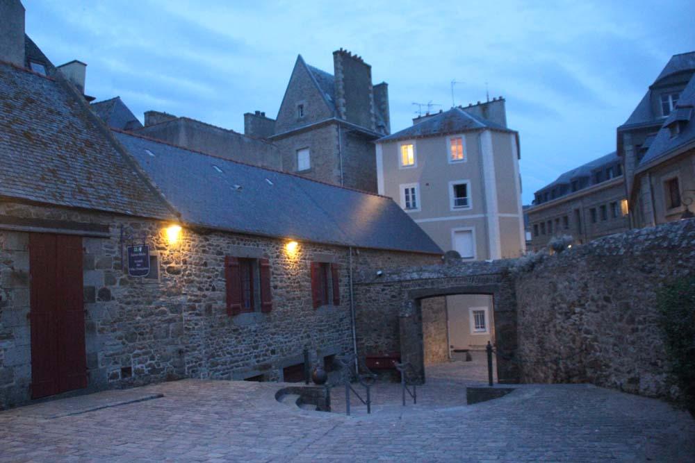 Дом Квебека