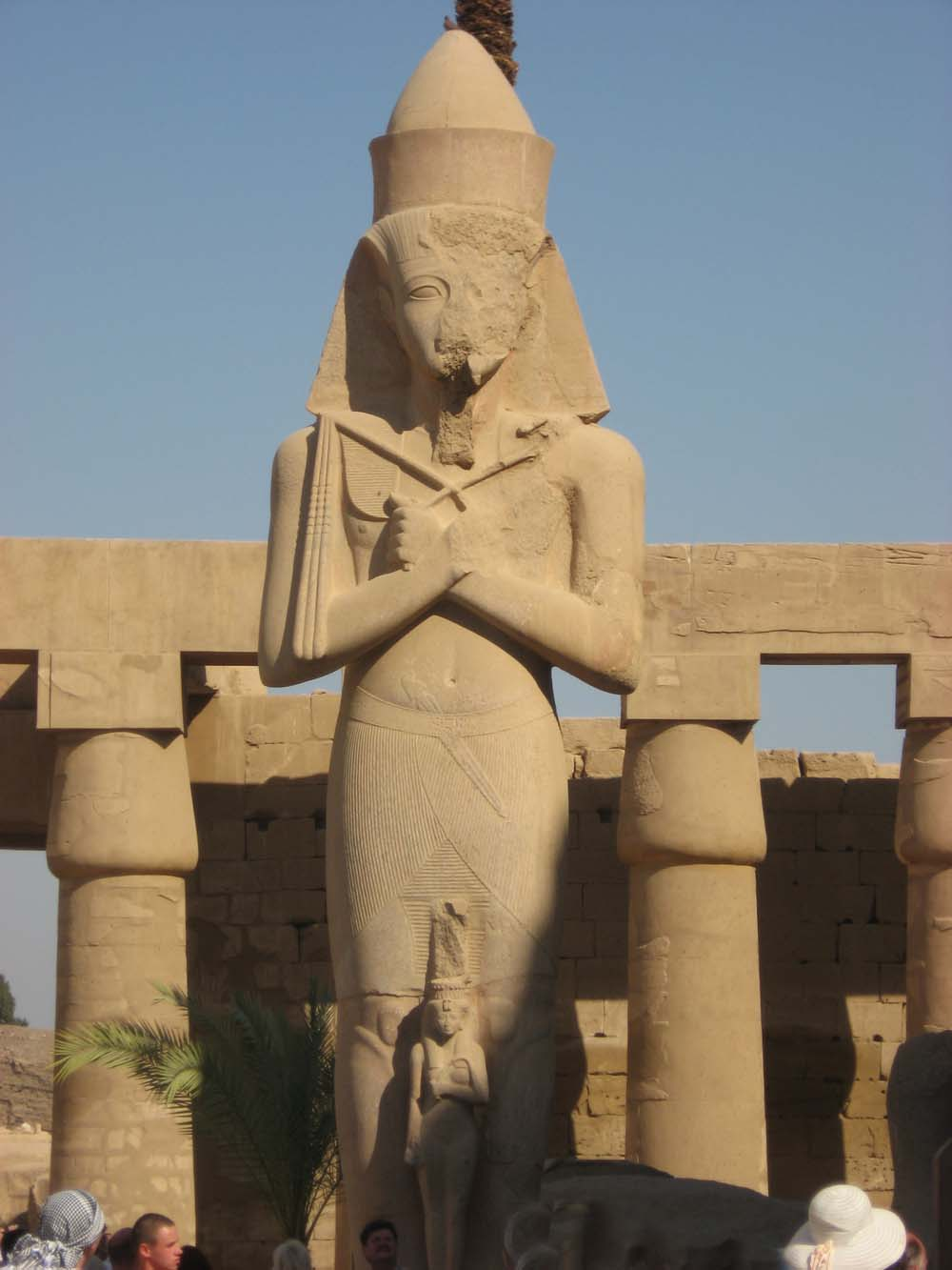Рамзес II и Нефертари