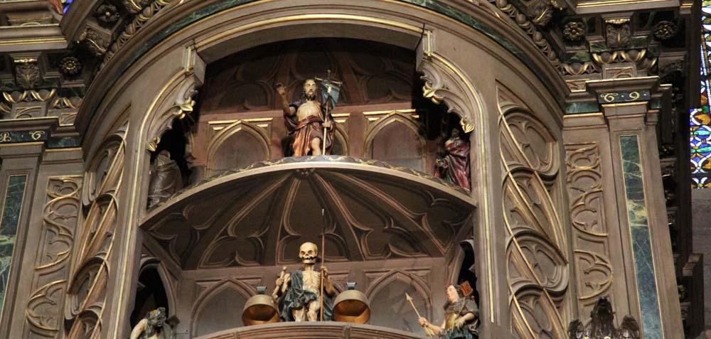 Часы в соборе