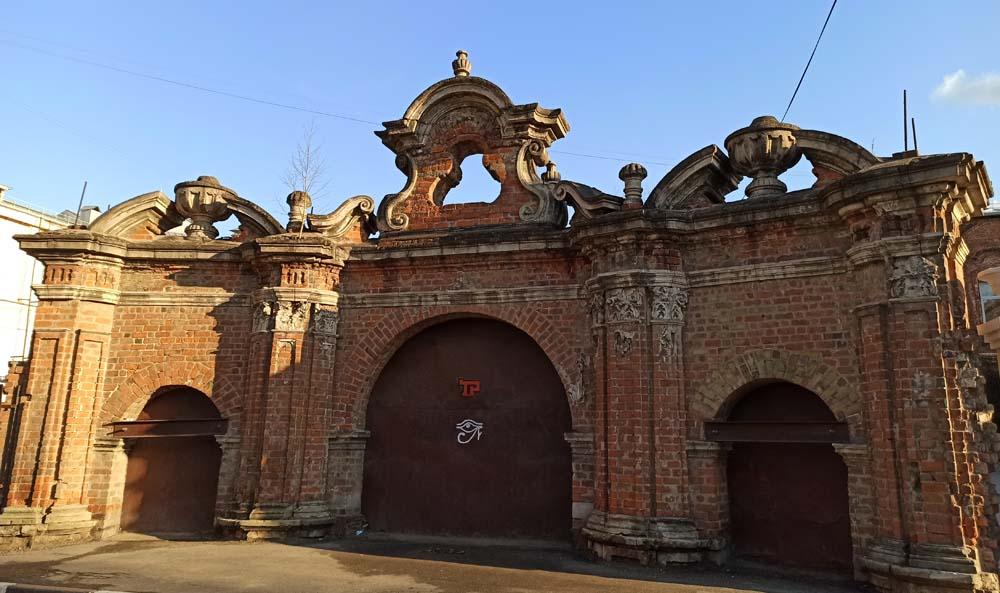 Ломовские ворота