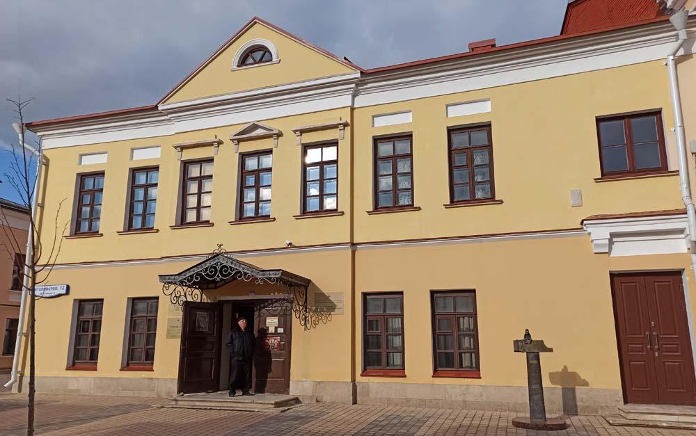 дом Сисиных