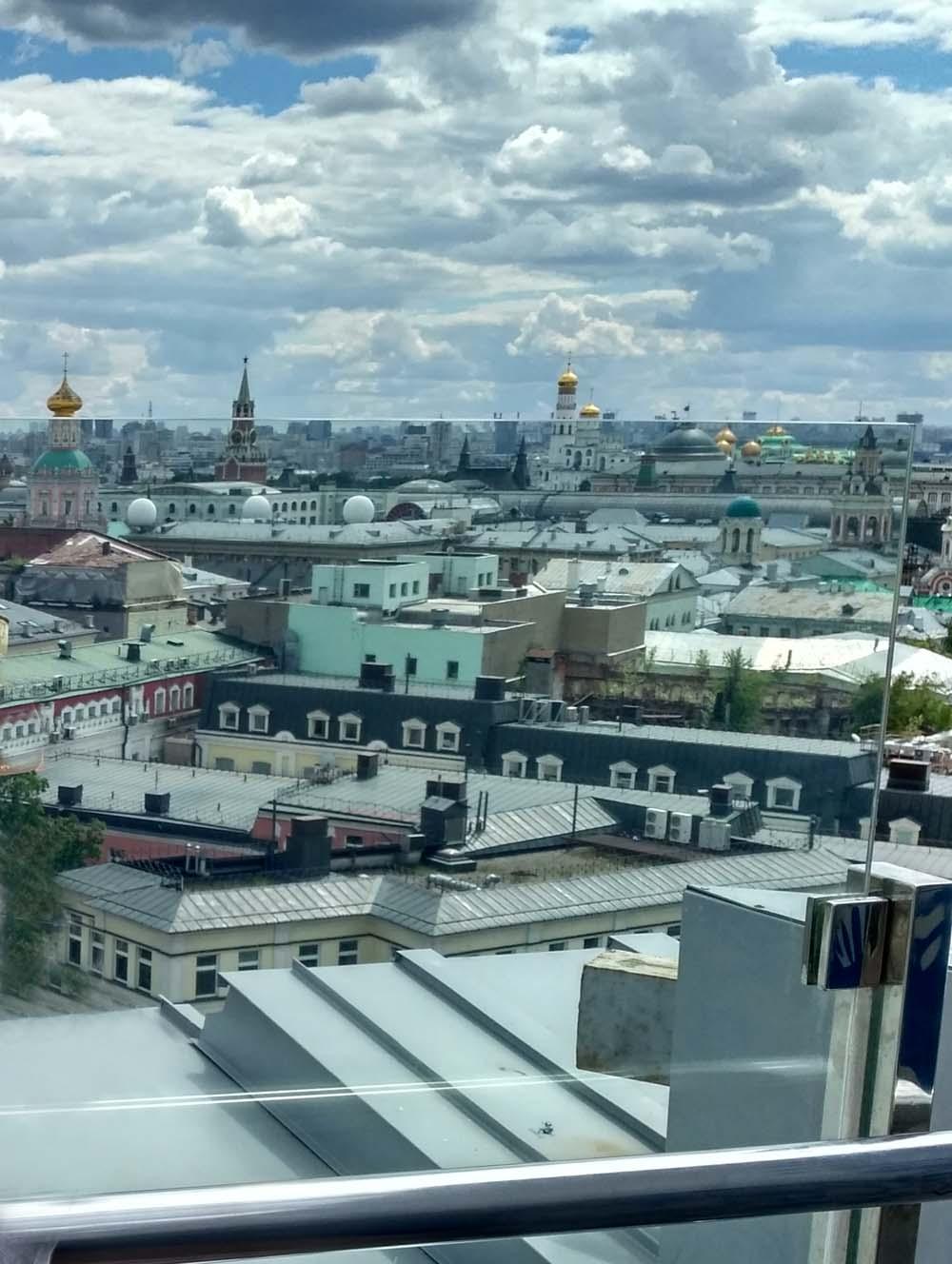 Обзорная площадка в Детском мире. Москва
