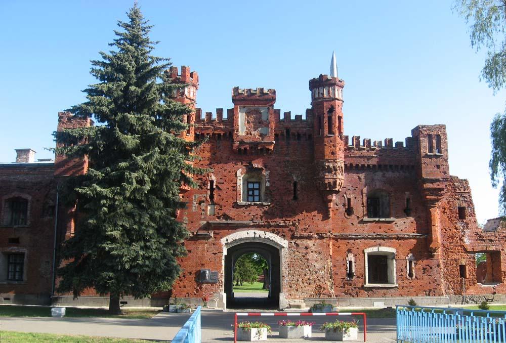 Брестская крепость. Вход