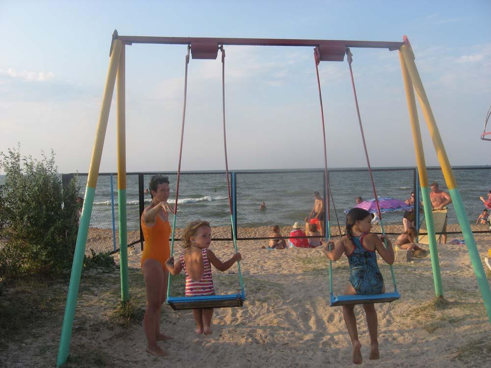Голубицкая. Пляж