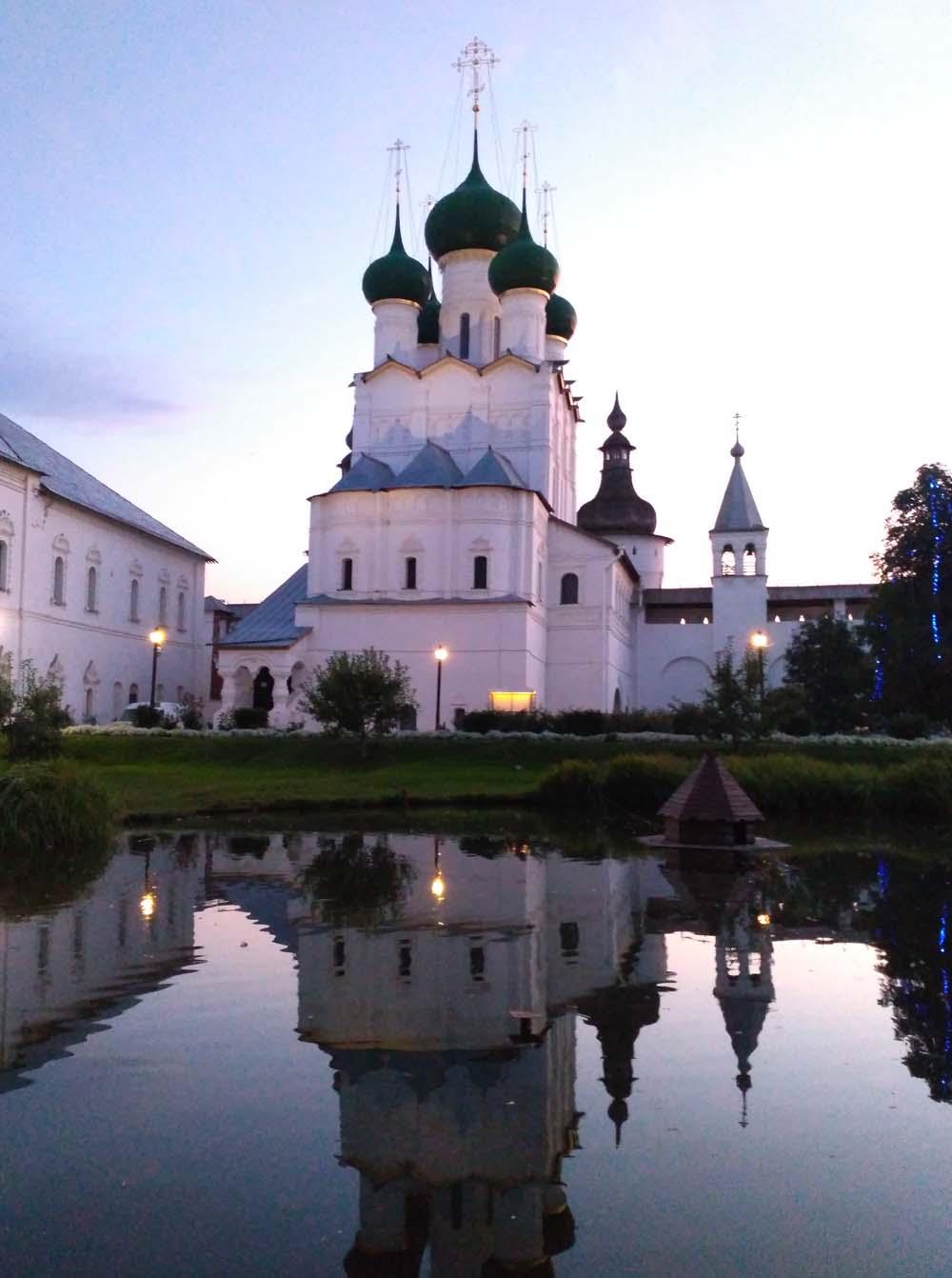 Ростовский кремль на закате