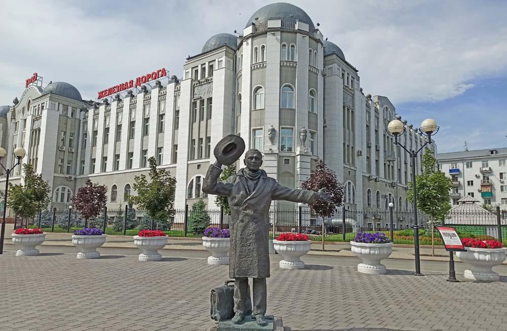 Памятник Юрию Деточкину