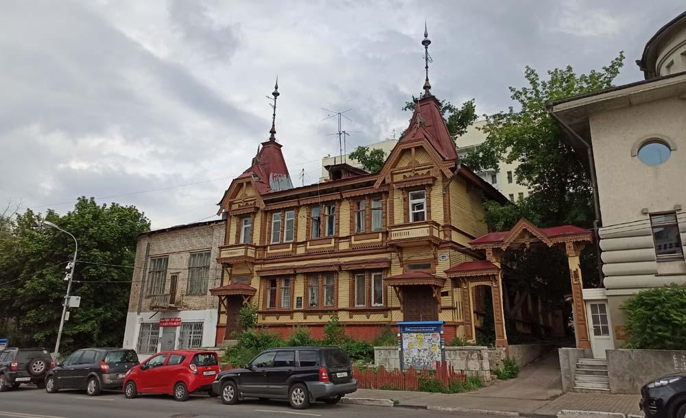 Дом Поплавского