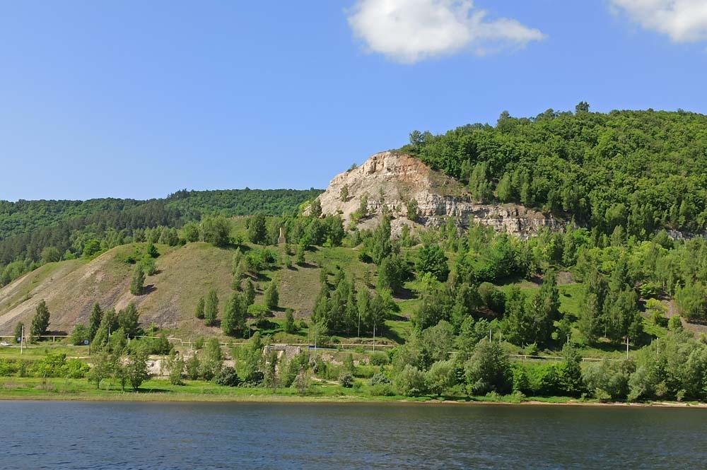 гора Монастырская