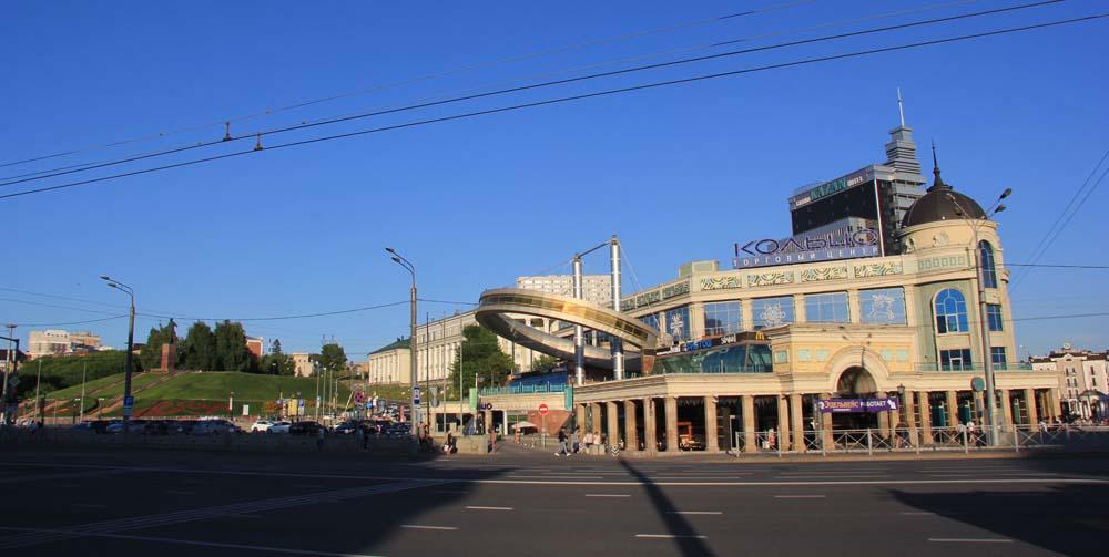 ТЦ Кольцо. Площадь Тукая